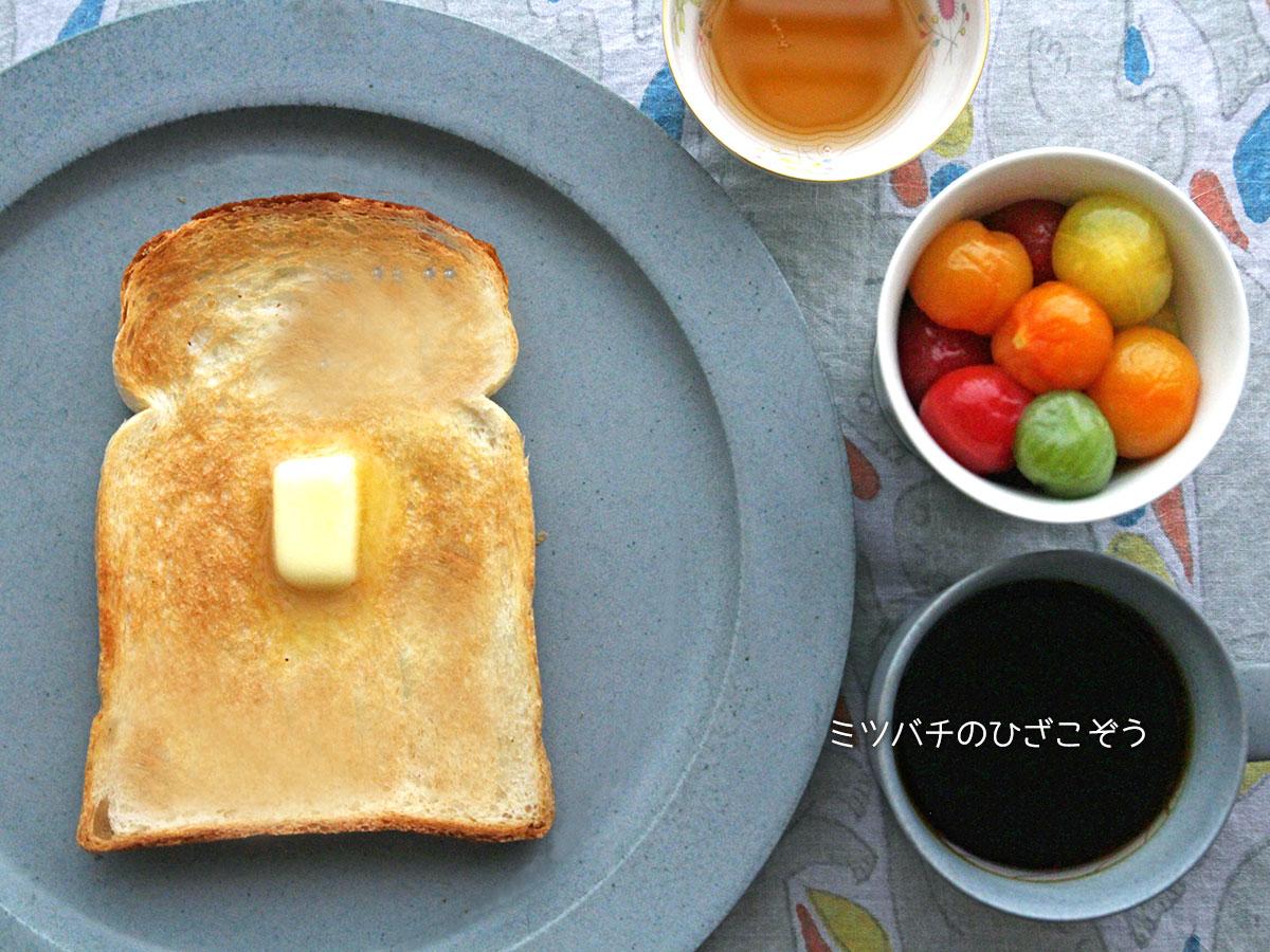 バターハチミツトースト